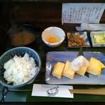 だしまき玉子専門店 卵道 - 烏骨鶏だしまき定食