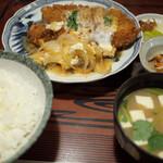 弁慶 - 料理写真:かつ煮定食