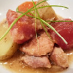 HOZON - チキンと根菜の甘酒煮:チキンの旨みが染みた根菜たち。甘酒のやさしい甘さを黒胡椒が引き締めます