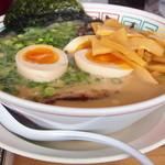 12333791 - 大牟田ラーメン、煮玉子・しなちくトッピング