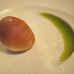 アルテシンポジオ - パンと新鮮なオリーブオイル