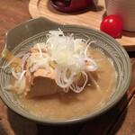 やきとん だいだら - 煮豆腐 200円(税別)