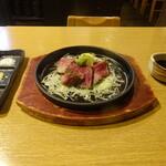 炙家きらく - 名物  松阪牛カルビ炙り
