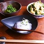 12335222 - 季節の野菜梵字セット                       ごま豆腐