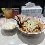 蒙古タンメン中本 - 杜氏味噌と定食