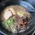 らーめん極豚 - 料理写真:黒とんとん660円