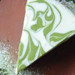 天 - 抹茶のレアチーズケーキ