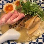 麺場ニ寅  - 特製濃厚鶏白湯ラーメン(塩)