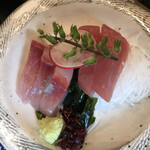 日本橋 墨之栄 - 原始焼刺身御膳1580円(税込み)。ヒラマサ、マグロ。ヒラマサのお刺身は、新鮮かつ旨味も十分で、とても美味しかったです(╹◡╹)