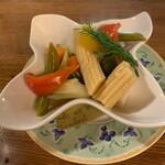 洋食&ワイン しん - ピクルス