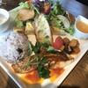 カフェアンドレストラン バスティーユ - 料理写真:ランチ 真鯛のポワレ