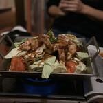123400307 - 国産地鶏と季節野菜の鉄板焼き 1290円×2人前。
