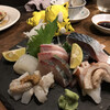 Tachinomidokorotanakaya - 料理写真:お造り盛合せ 780円~ ※写真は2人前