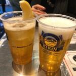 ダパイダン 105 - 生ビールとドラゴンハイボール