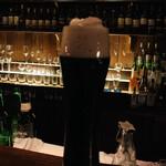 バー サード コルク - モリモリ泡の黒ビール:他のお客様ご提供..