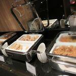 シェラトン都ホテル東京 - 料理写真:ブッフェ台