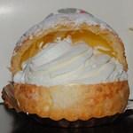 シャルル洋菓子店 - 巻き巻きシュークリーム