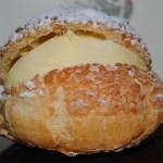 シャルル洋菓子店 - カスタードシュークリーム