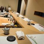 くるり - 内観写真:カウンター席
