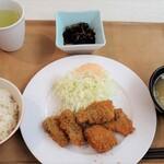 東京大学 中央食堂 - アジ大葉フライ豚汁+ごはん小+ひじき煮