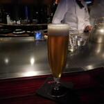 六本木モンシェルトントン - 夢のビールでお馴染みのサントリープレミアムモルツ・マスターズドリームです。