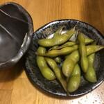 馬焼肉専門店うまえびす - 【お通し】300円×2 枝豆の山椒漬け