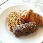 バルバラアターブル - 食べ放題のパン