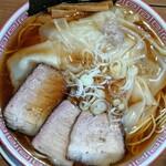 麺切り 白流 - ワンタンメン