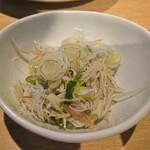 Izakayabunka - 白魚の和え物