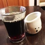 とまとクジラ - おっというほど美味しいコーヒーはお代わりできます。