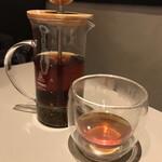カフェズ キッチン オン ザ テーブル - 紅茶(ダージリン)