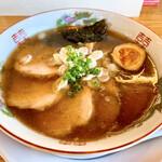 ラーメンカヌチャヤ - 料理写真:あっさりらーめん(ちゃーしゅートッピング)