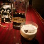 BAR Coda - Mr.Black コーヒーリキュールに生クリームをフロート