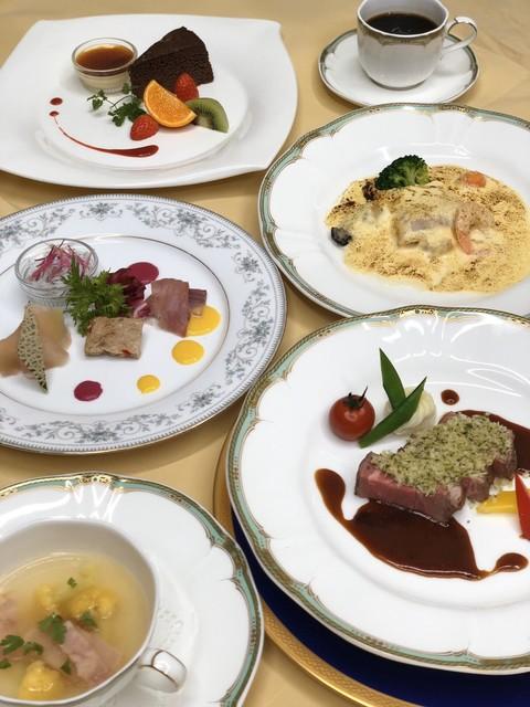 門田 レストラン
