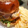 オーセンティック - 料理写真:チリチーズバーガー