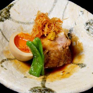 1皿550円の人気のタパス料理