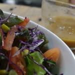 みんなのKitchen - たっぷり野菜のサラダ オリジナルドレッシング