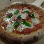 みんなのKitchen - 赤色pizza マルゲリータ