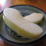 新華 - デザートの林檎