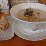 らーめん 日本晴れ - 料理写真:
