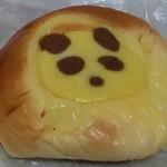 パン工房 さくさく - クリームぱん120円 パンダバージョン