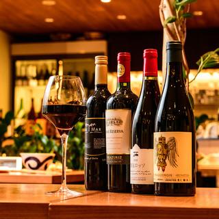 純米酒やビオワインなど、厳選の一本をご提供