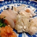Ogawa - 河豚  さしみ盛り合わせ アップで