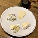 123544346 - チーズ