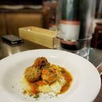 ワインカフェ 大森 - ラム肉入りミートボール トマト煮込み