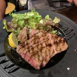 ピッツェリア テルツォ オケイ - 牛肉のロースト
