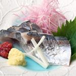 波平キッチン - 本日のおすすめ「あじの梅酢〆」
