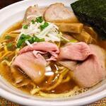 中華そば たま河 - チャーシュー麺!