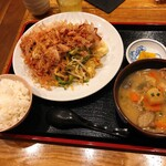 和食感 Yellow Factory  - 料理写真:ゴーヤートマト、揚げ豆腐のチャンプルー定食(みそ汁を小豚汁に変更)