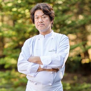 小林幸司氏(コバヤシコウジ)─独創性を貫く、不撓不屈の料理人